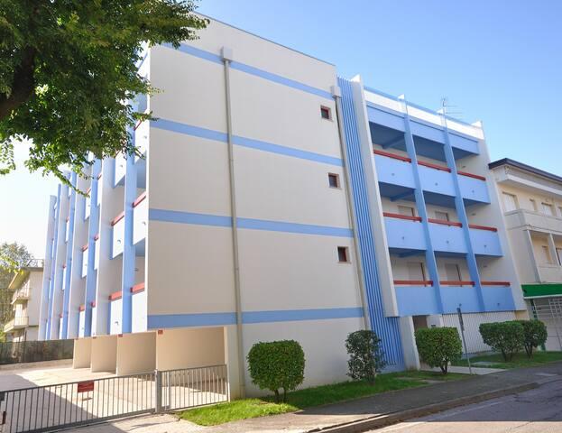 Condominio Nautilus a Bibione, trilocale, 6 posti letto, clima, wifi, posto auto