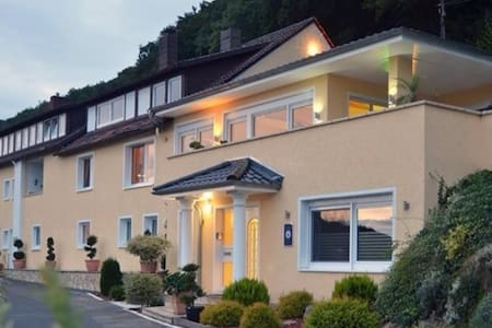Apartment in der Villa Joya Schaumburg - Casa de huéspedes