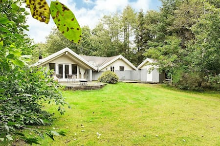 Vintage Holiday Home in Jutland With Whirlpool