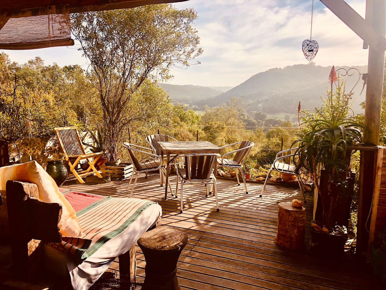 Sunny deck over looking Piesang Valley