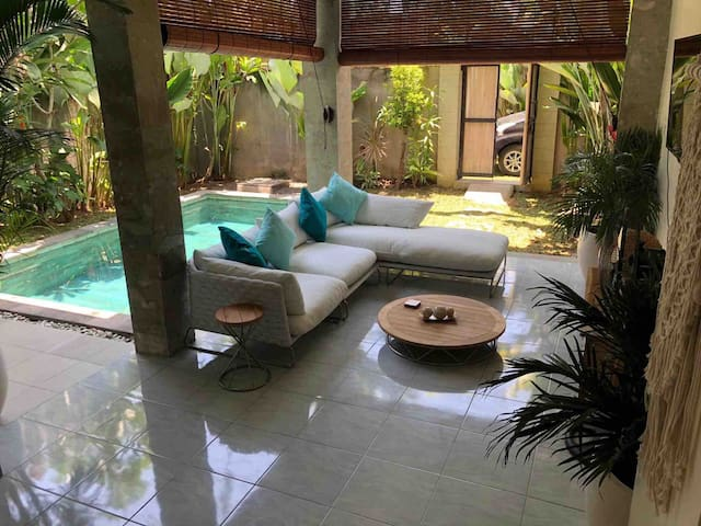 Tranquil Villa quiet area of Canggu