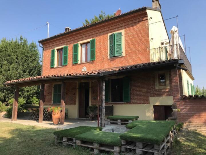 Un delizioso casale nel Monferrato