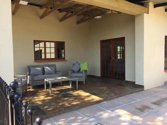 Marula Cottage - Bergdale Cottages