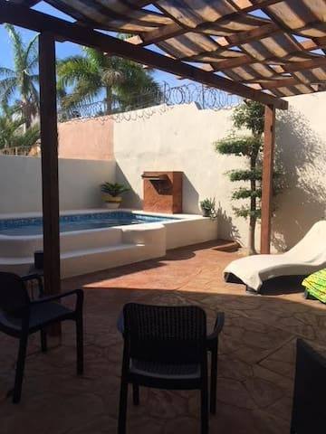 Excellent accomodations,  Breakfast and pool!