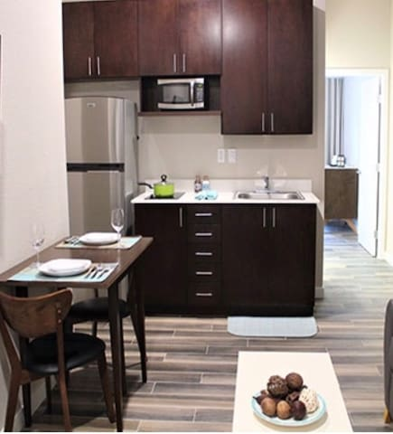 Newer private apart-hotel suite in Old Town