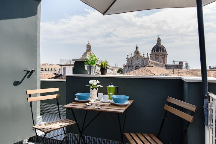 Duomo tiny Suite on the roof - Catania - Appartement