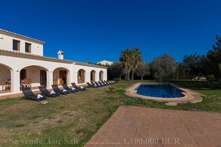 GRANJA, large villa, for 14 guests in Benissa