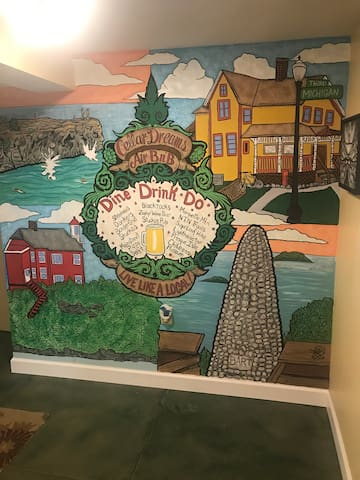 What to do? Check out our mural done by local artist Sean Wolfman from Inkwell Tattoo. #CellarDreamsSelfieSpot