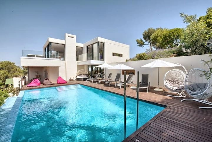 Begur Home with a view: Perfect for large families