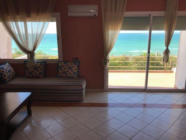 Villa+ piscine Vue à couper le souffle sur Bouzid