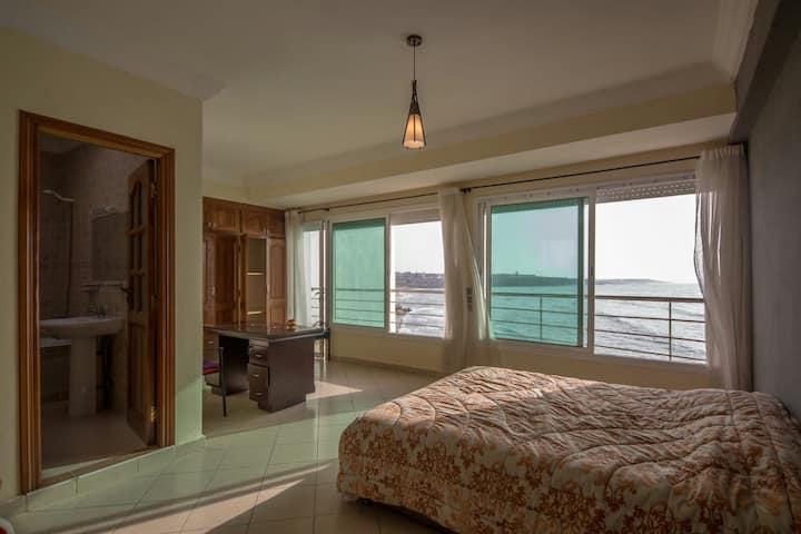 Villa unique sur l'océan à Sidi Bouzid+piscine