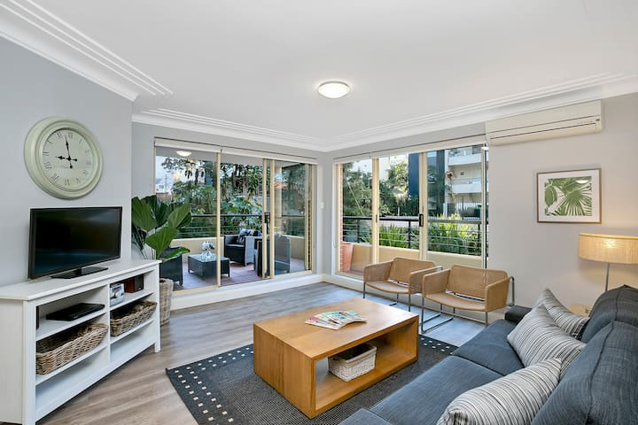 CHATS - Fantastic Chatswood Location With Parking
