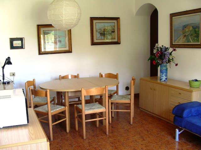 Anna's home. Cavo nature & beaches - Cavo - บ้าน