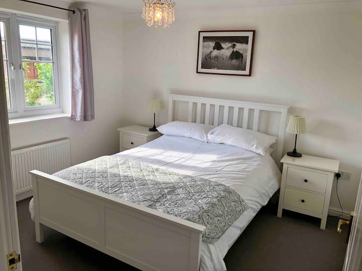 Private 2 bed apartment, Darlington