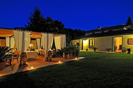 Beautiful Villa Lombardi with a pool