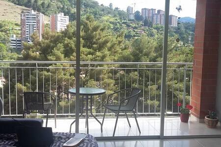HABITACIÓN PRIVADA EN ENVIGADO - Envigado - 公寓