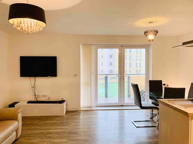 Stunning London Zone 4 En-suite double bedroom