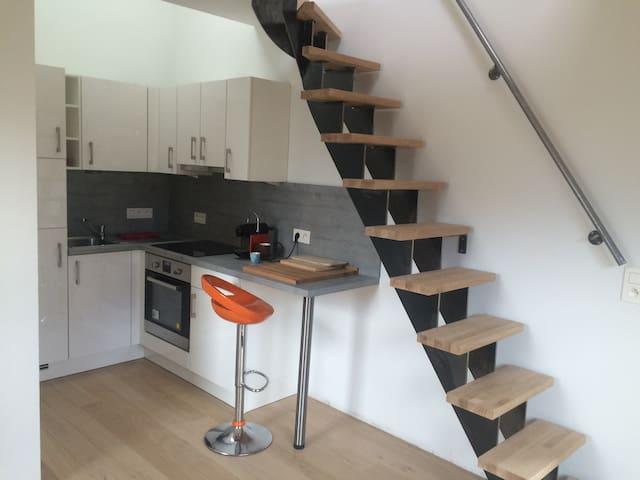 Duplex 1-2 pers neuf tout équipé - Ottignies-Louvain-la-Neuve - House
