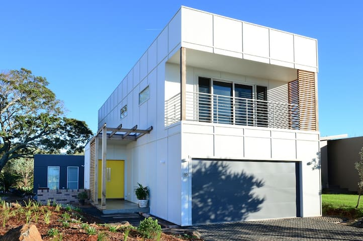 Renfrew House - 50m to Werri Beach. - Werri Beach - Hus