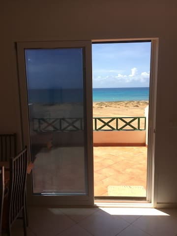 3 Bedroom Frontline Penthouse Apartment, Sea Views - Santa Maria - Appartement