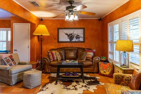 Home on the Range★Retreat★3TVs/Firepit/Grill/WiFi