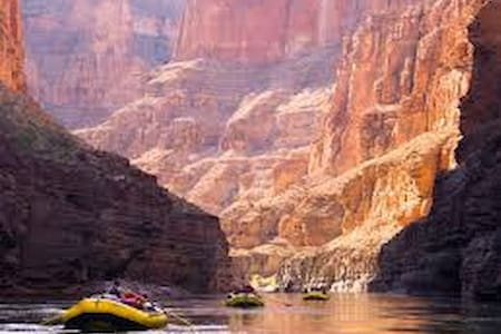 Buy Our Dream Grand Canyon Rafting Trip for Two - Grand Canyon Village - Hajó