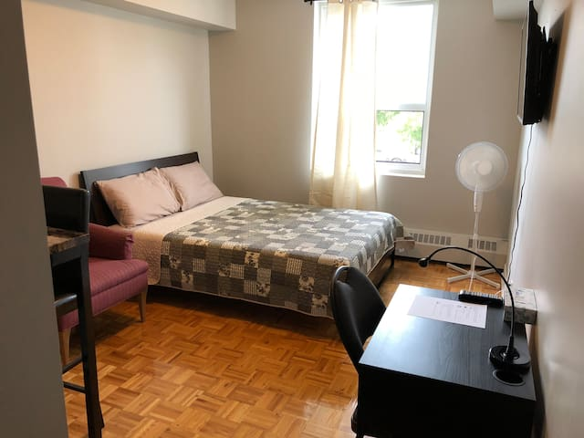 Clean&comfy Studio in Byward Market/Downtown