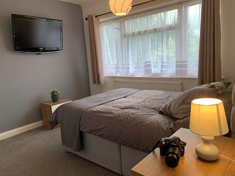 Cosy Double Room Harrow NW London Parking, Garden