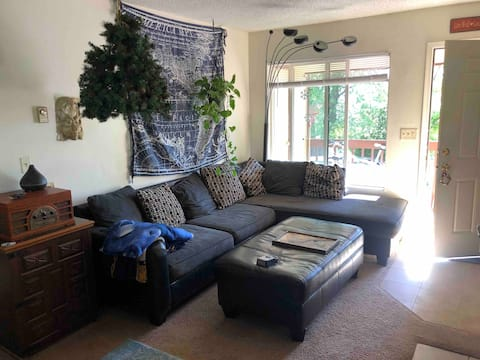 Lovely 2- bedroom unit with an indoor fireplace