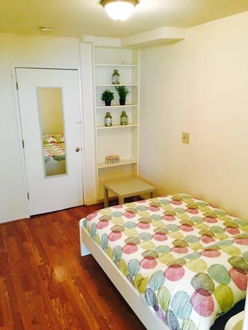 Junior 1 Bedroom in Nob Hill