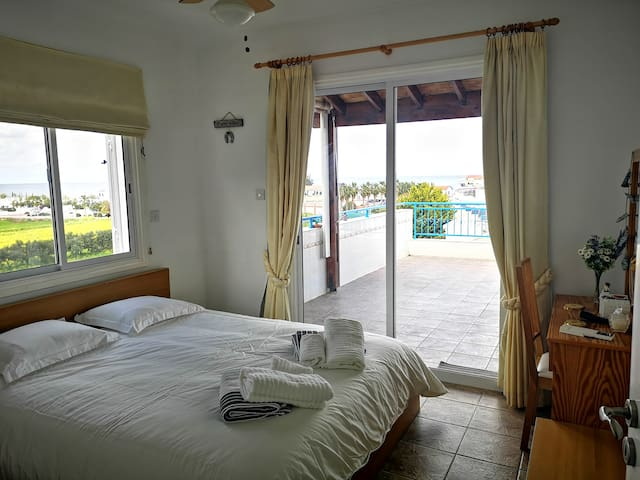 master bedroom with Seaview and landmark view