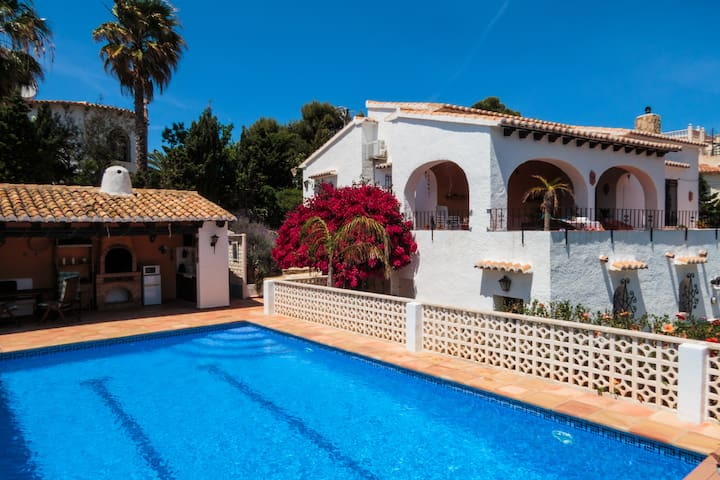 Secluded traditional spanish gem in Javea
