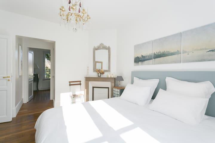Chambres d'Hôtes VillaBona - Villebon-sur-Yvette