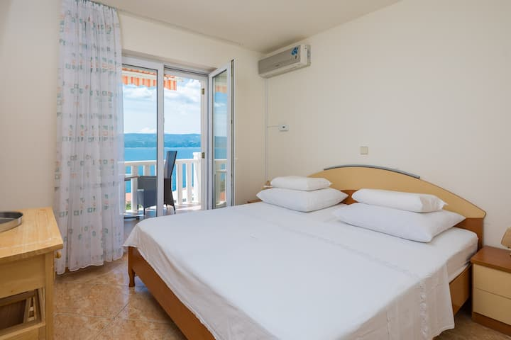Seaview Suncity Apartments