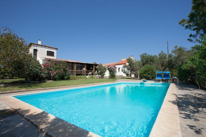 Villa Paolina, private pool, patio, bbq