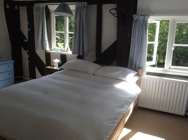Double room in C17th house in the countryside