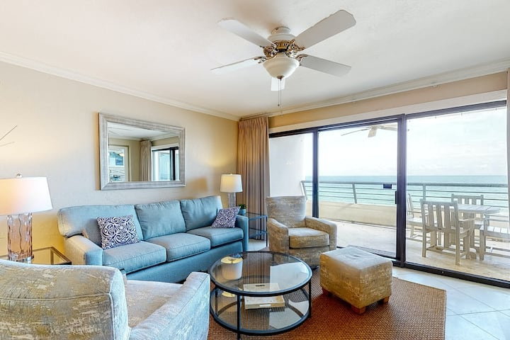6th Floor Nice Gulf Front Condo! Fitness Center, Shared Pool, & Other Amenities!