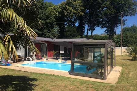 Maison avec piscine - Lesneven