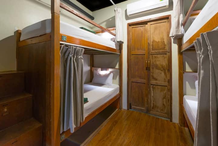 Suneta Hostel Khaosan - Standard Mixed Dormitory