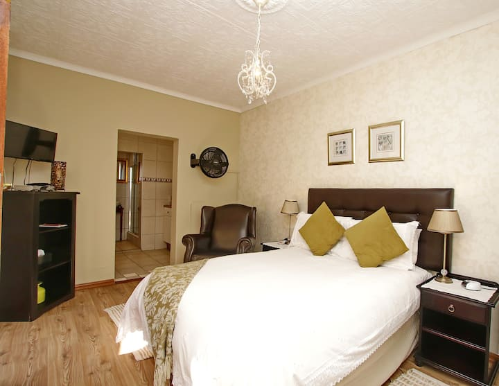 Arum Cottage -Fully equiped long stay cottage