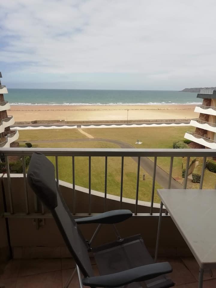 appartement vue sur mer 100 m de la plage
