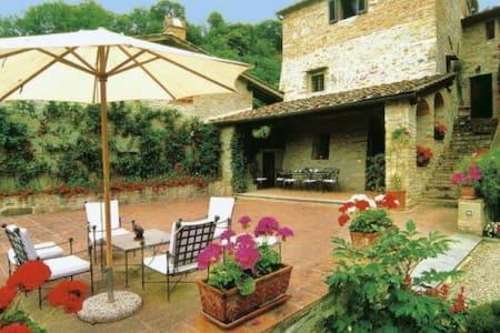 Charming medieval panoramic villa with pool - Dicomano