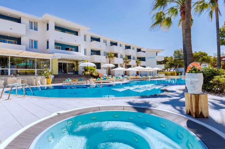 Chic Apartment 2-4 adultos en Hotel Pool Club