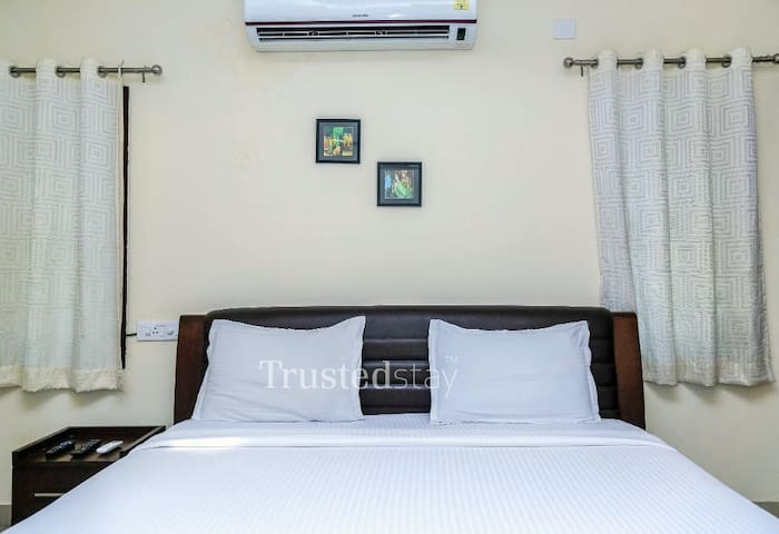 Service Apartments in Srinagar Colony - SRCSK1
