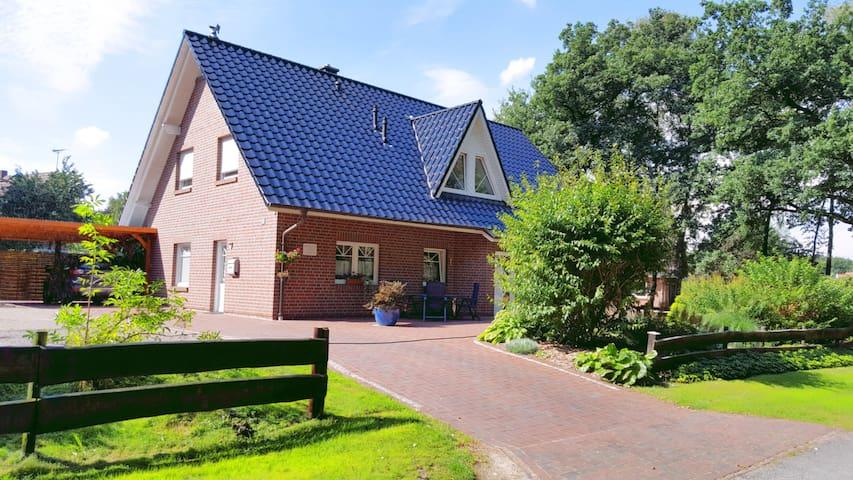 helle FeWo zwischen Oldenburg und Bremen - Ganderkesee - Lägenhet