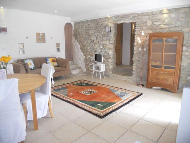 Le Laurier - charming apartment near Carcassonne