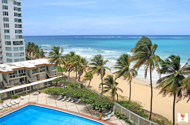 Beach front  in the heart of Condado with parking