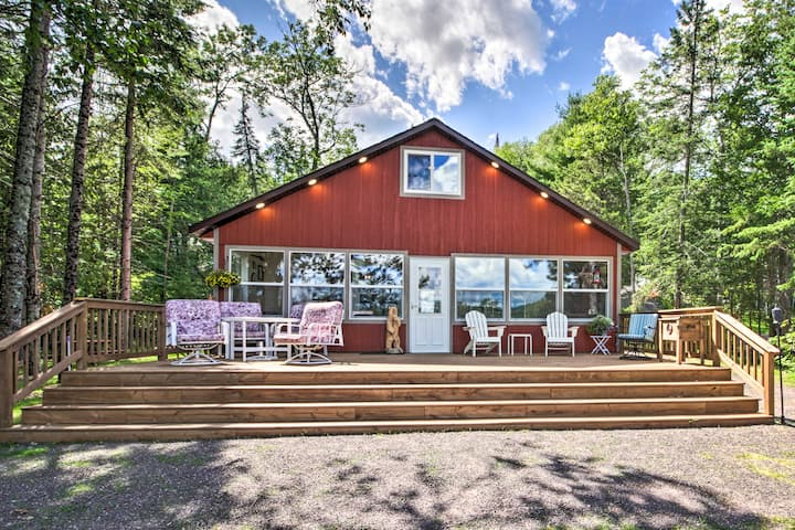 Lakefront Home w/ Views, Fire Pit & Outdoor Fun!
