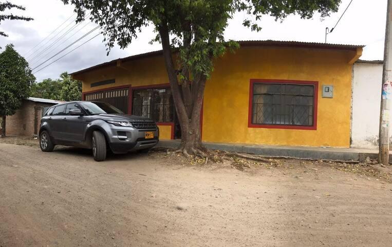 Hospedería Sol del Desierto - Villavieja, Huila