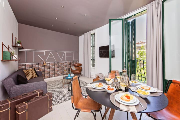 Traveler's haven 2BR * Plaza Espana